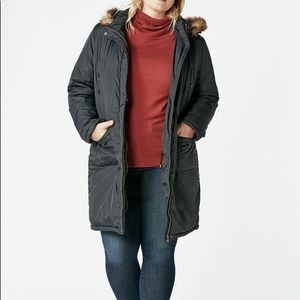 NWT Black Lightweight Puffer Coat